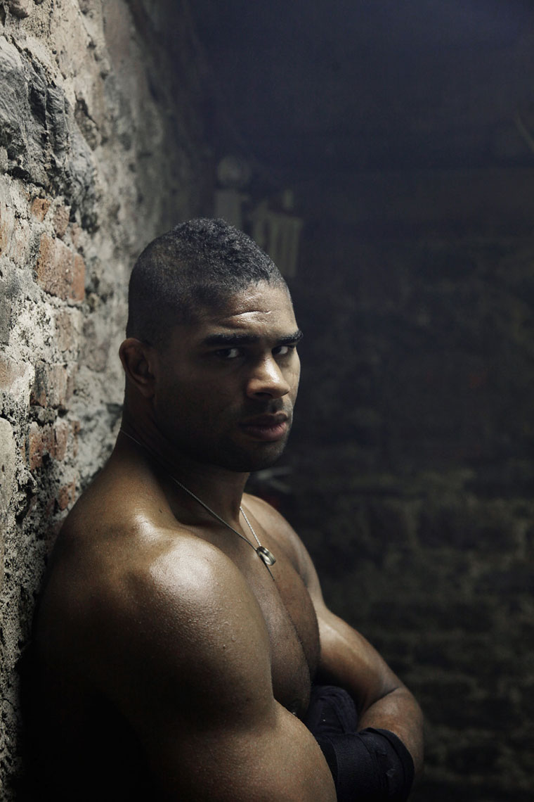 alistair overeem by PETER LueDERS